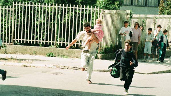 'A camera doesn't lie': Documenting besieged Sarajevo