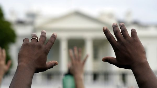 White House locked down as crowd protests death of George Floyd