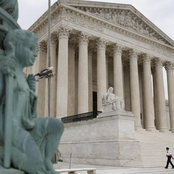Supreme Court rules states can penalize 'faithless electors'