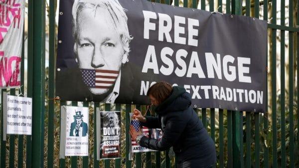 Trump 'offered Assange pardon' in return for hacked emails source |NationalTribune.com